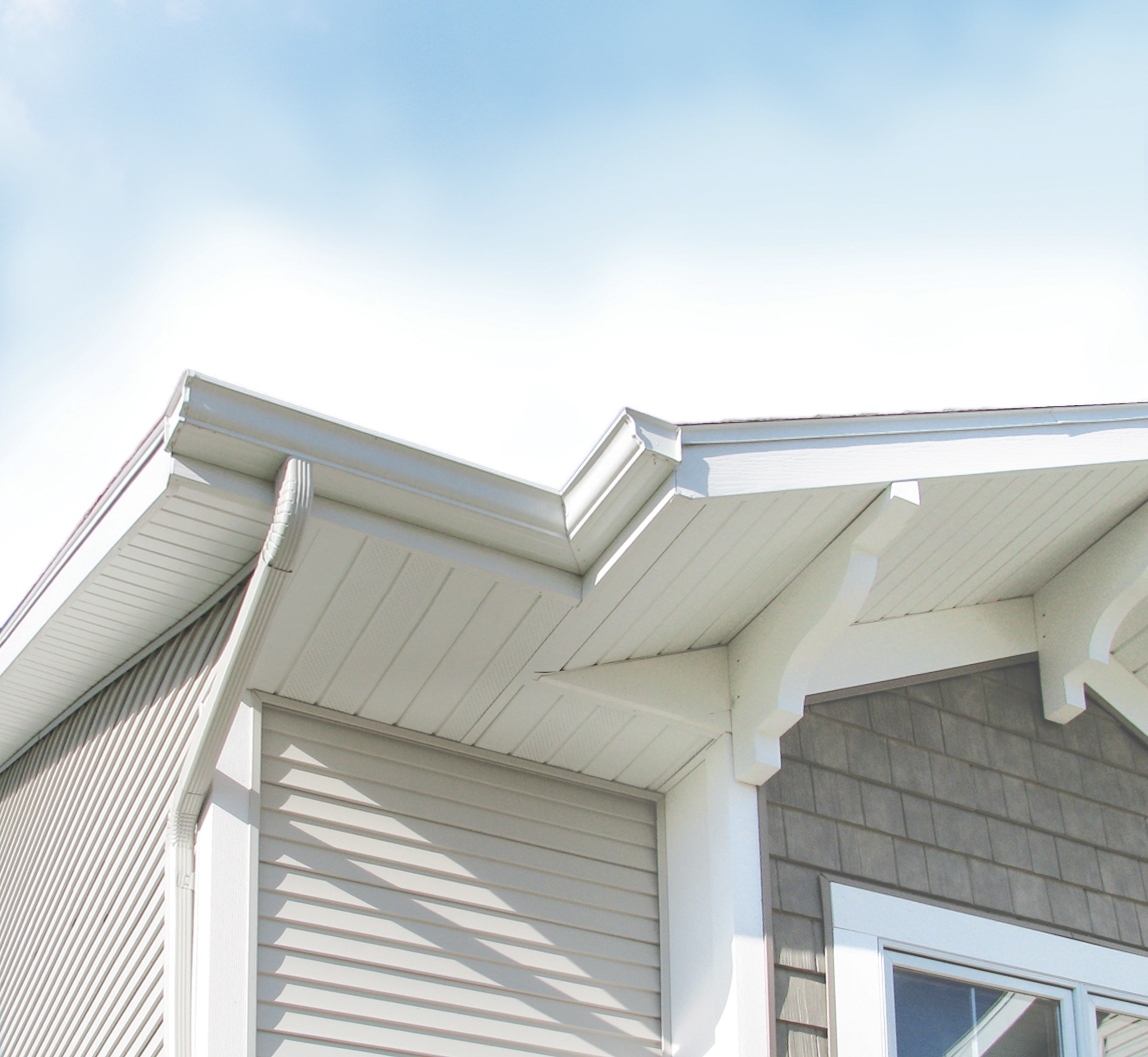 Aluminum Soffit vs. Wood Soffit: Making the Best Choice for… | Rollex