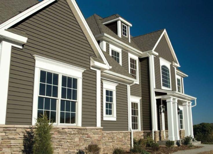 Understanding the Difference: Vinyl vs. Aluminum Siding
